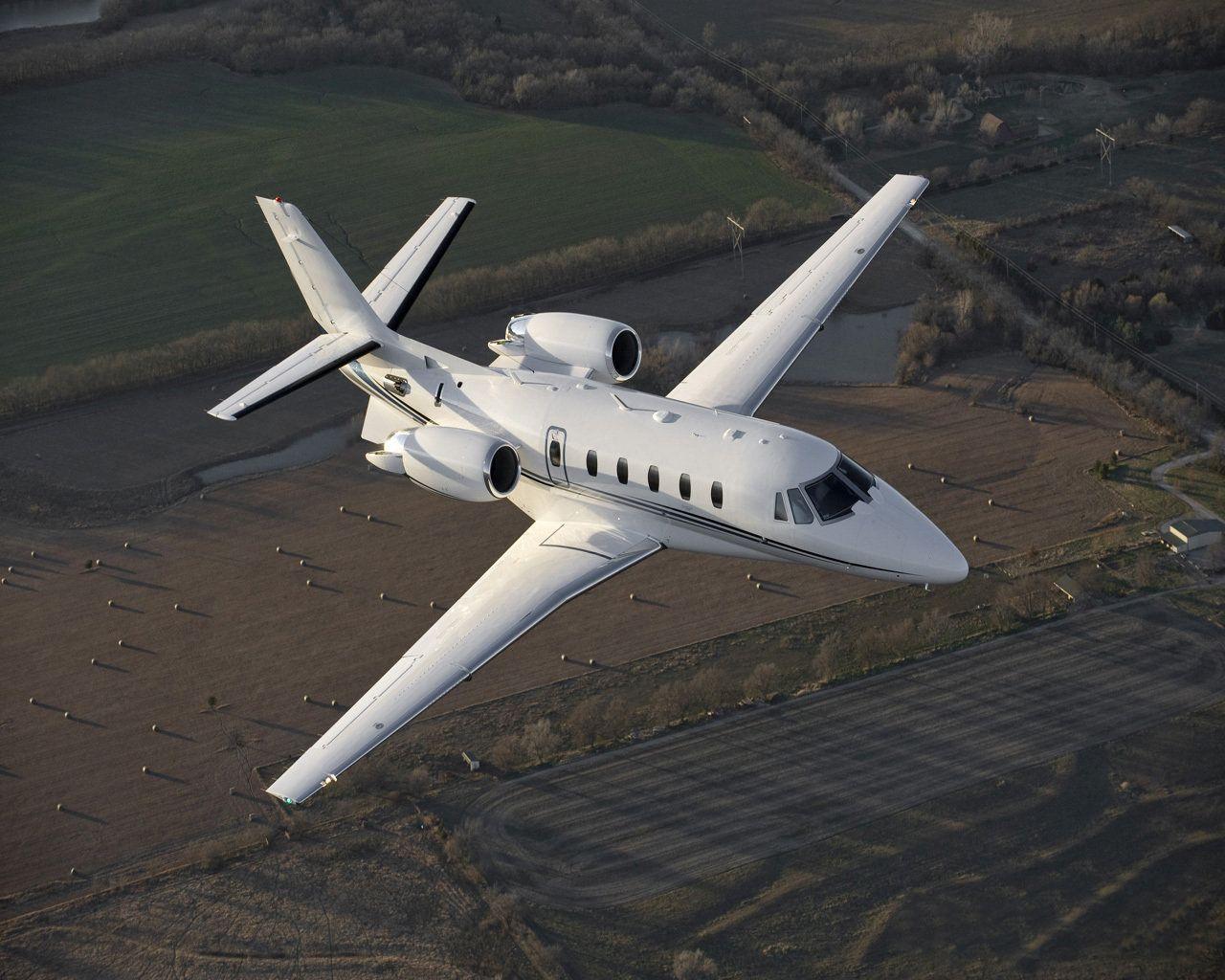 Success Citaten Xl : Croatia jet charter helicopter conte adriatic