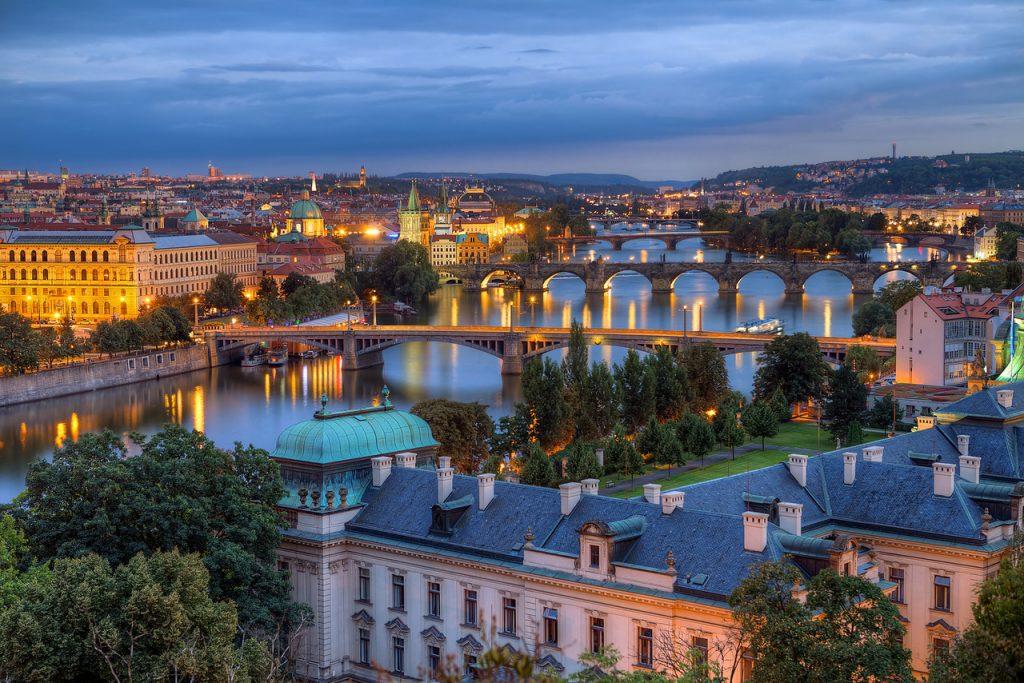 Zlatni Prag i češki dvorci