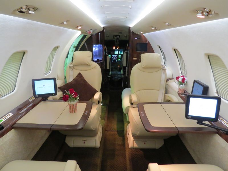 Private flight and VIP transfer