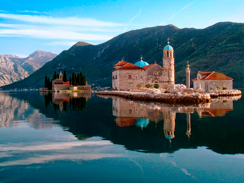 Luxury Montenegro by boat