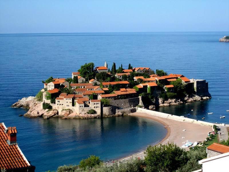 Flying Montenegro